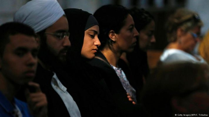Muslims, Christians come together in France