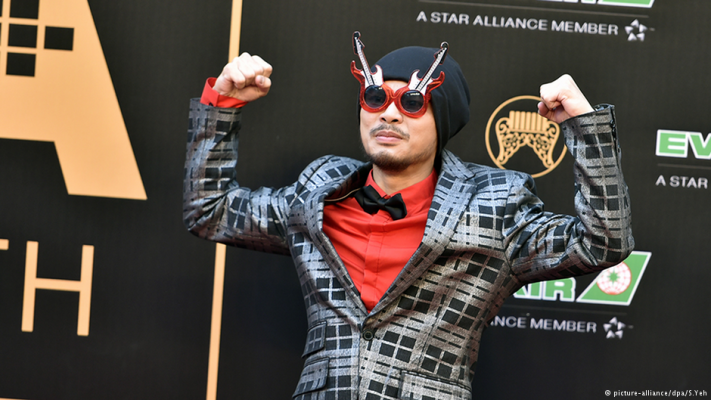 Malaysian rapper Namewee held over mosque video